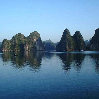 Le calme à la baie d'Halong Vietnam