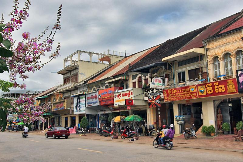 L'architecture coloniale française des bâtiments à Battambang, Cambodge