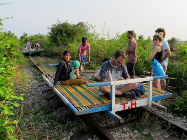 Circuit 15 jours au Cambodge-bambou-train-battambang