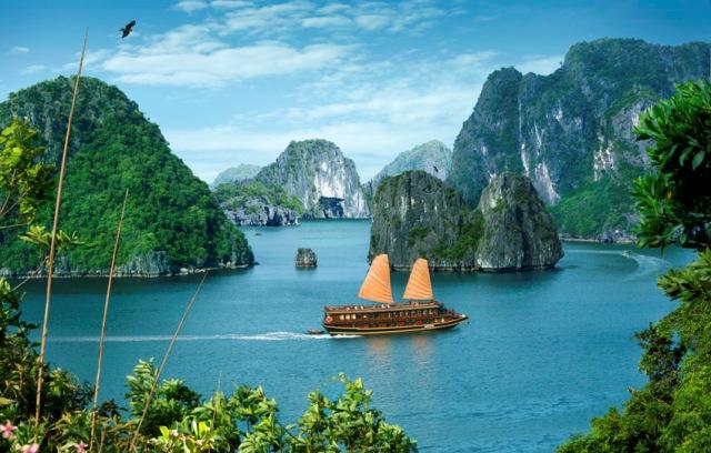 Circuit lune de miel Vietnam 12 jours-baie-dhalong