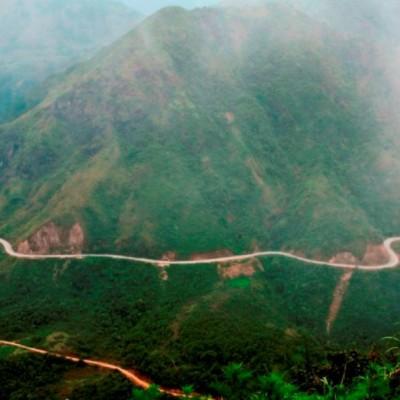 Les montagnes dans le Nord du Vietnam - un très bel endroit à explorer