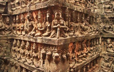 angkor-thom-terrasse-du-roi-lepreux