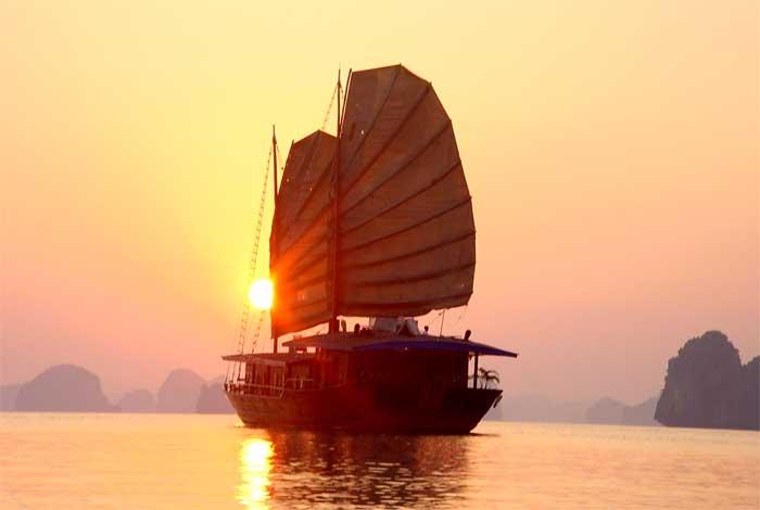 Croisière à la baie d'Halong - voyage Vietnam Cambodge