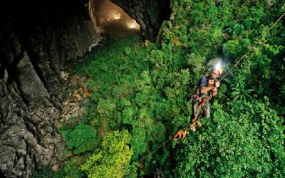 Escalade à la grotte Son Doong