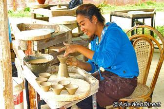 Le Centre de la Céramique de Kmer et l'Art de vin