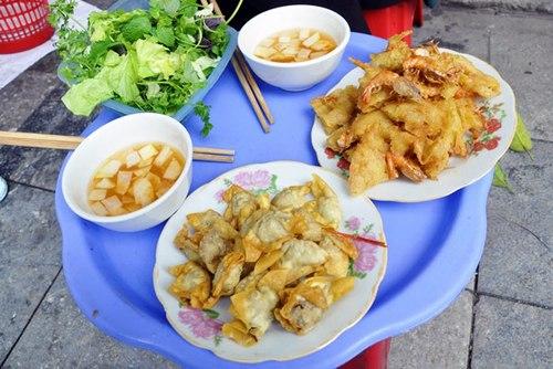 La crêpe des crevettes, les raviolis frits