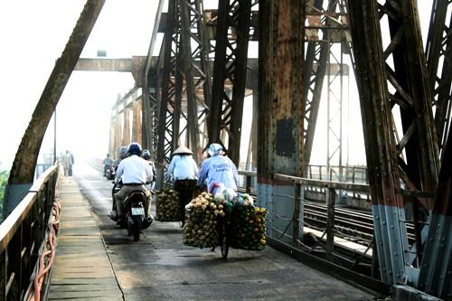 Le pont de Long Bien