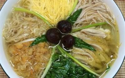la soupe Bun thang Hang Hom