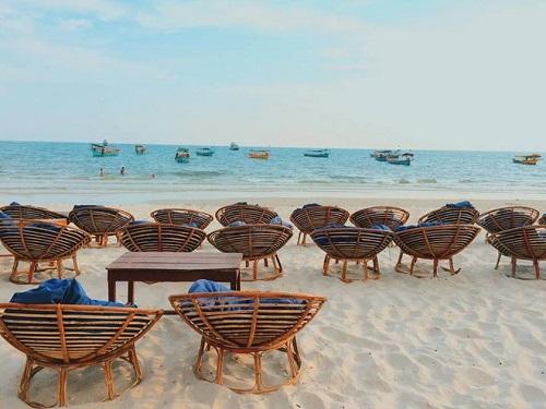 voyage aux plages du cambodge le trio incontournable. Black Bedroom Furniture Sets. Home Design Ideas