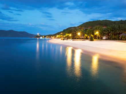 Belle plage de l'île Hon Tam
