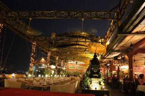 Restaurant Bopha à Phnompenh - Destinations attrayantes au Cambodge