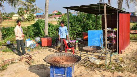 Une cuisine simple - Spécialité connue aux touristes au Cambodge